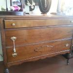 3 drawer dresser made of beautiful quarter-sawn oak.